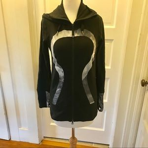 Lululemon black and grey stride jacket long w/hood